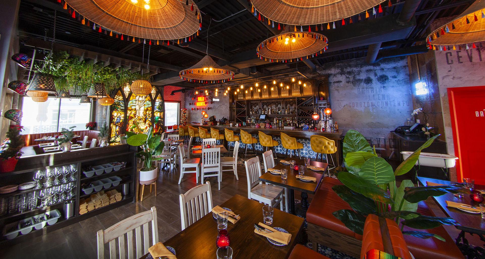 Interior of Por Vida restaurant